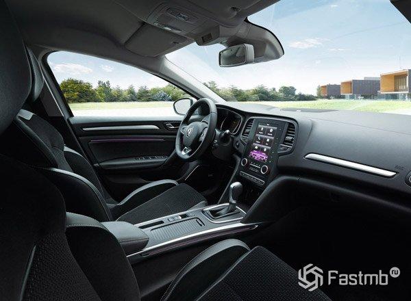 Renault Megane 2016, передняя панель