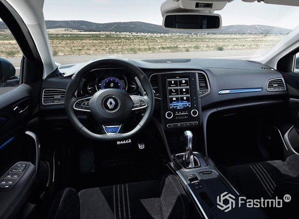 2016 Renault Megane, передняя панель