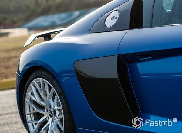 Аэродинамика автомобиля Ауди R8 2017