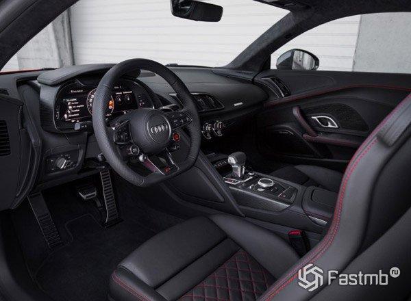 Audi R8 2017, передняя консоль
