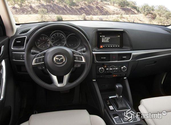 Салон Mazda CX-5 2016