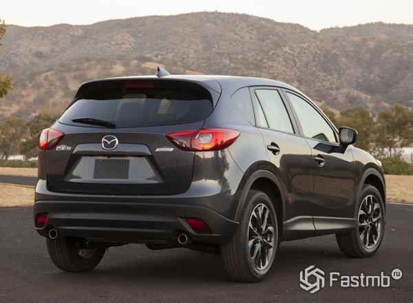 Mazda CX-5 2016, вид сзади
