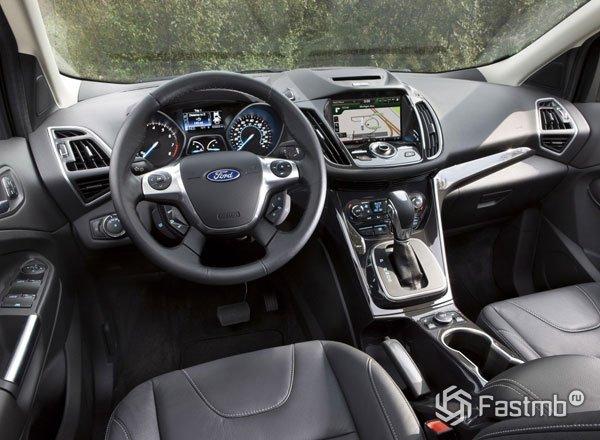 Ford Escape 2016, передняя панель