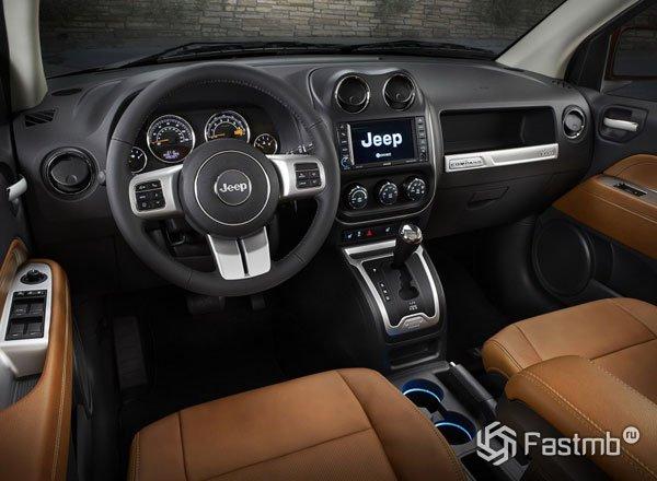 Салон Jeep Compass 2016