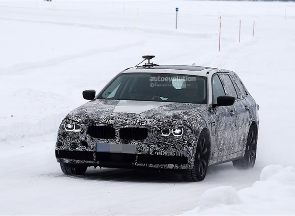 Шпионские фото нового BMW 5 Series Touring