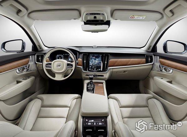 Интерьер Volvo V90
