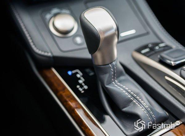 Рычаг кпп Lexus ES 250 2016