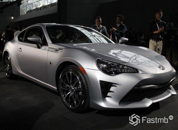 Scion FR-S обрел новое имя Toyota 86