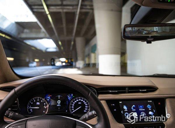 Панель приборов Cadillac XT5 2017
