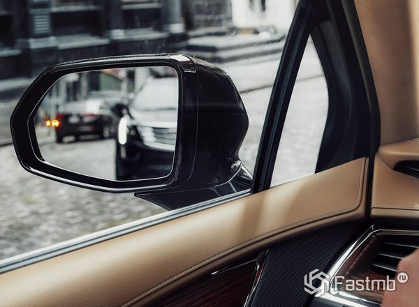 Система слепых зон Cadillac XT5 2017
