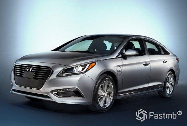 Hyundai Sonata Hybrid, вид сбоку