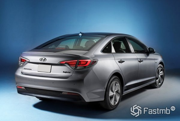 Hyundai Sonata Plug-in Hybrid, вид сбоку