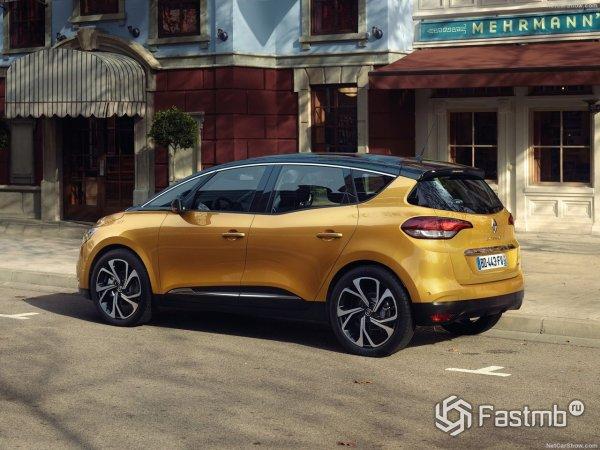 Renault Scenic 2017 - вид сзади и сбоку слева