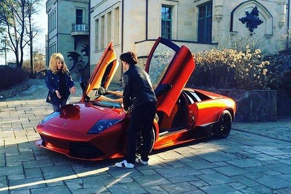 Галкин покорил Пугачеву новым Lamborghini Murcielago