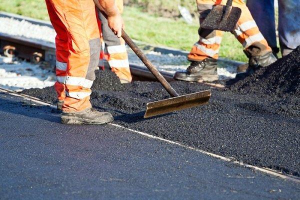В 18 регионах России оперативно отремонтируют дороги