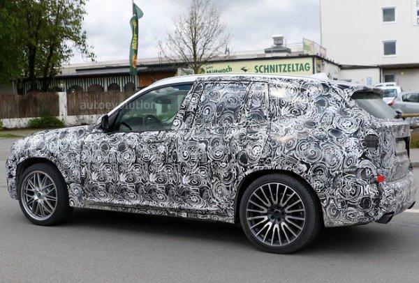 BMW X3 M, вид сбоку