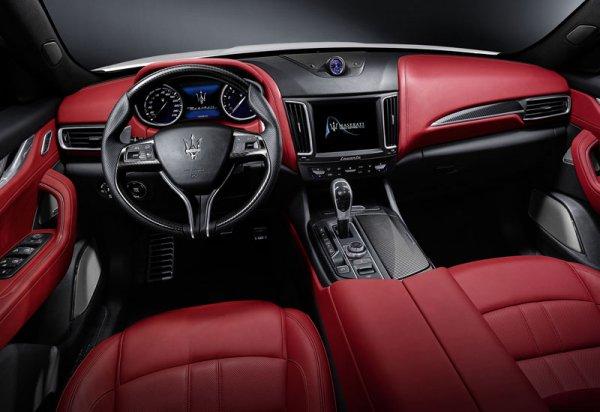 Интерьер Maserati Levante