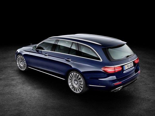 Mercedes представил новый универсал Е-класса