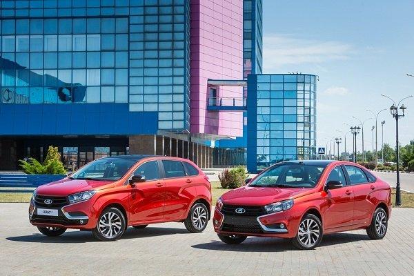 В АвтоВАЗ представили спецверсии моделей Vesta и XRAY