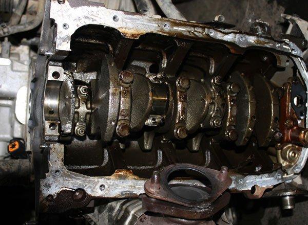 Лопнул коленвал двигателя