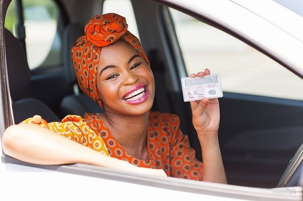 С 1 ноября водители смогут обменивать права без ГИБДД