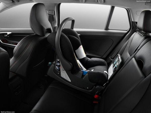 Volvo V60 Cross Country нового поколения, задние кресла