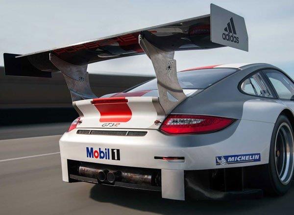 Антикрыло на 2013 Porsche 911 GT3