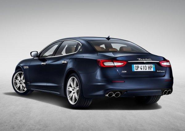 Maserati Quattroporte 2017, вид сзади