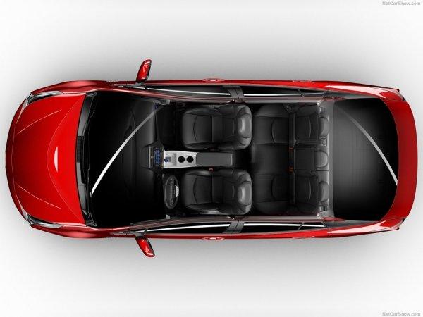 Toyota Prius 2016, интерьер, вид сверху