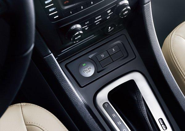 Кнопка Start/Stop двигателя