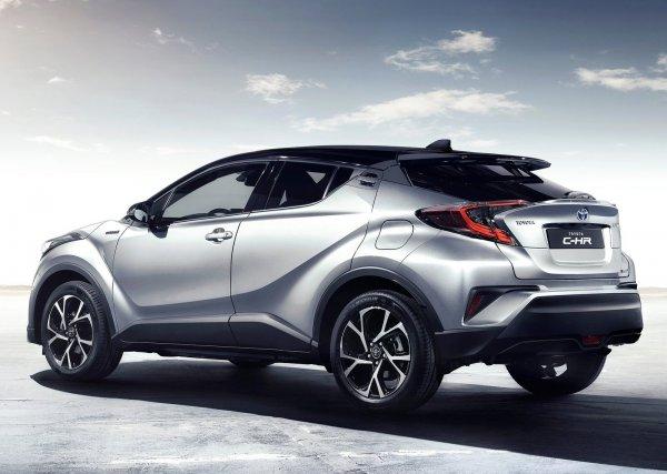 Toyota C-HR 2017, вид сзади