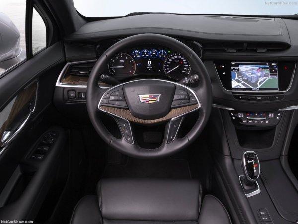 Фото салона Cadillac XT5