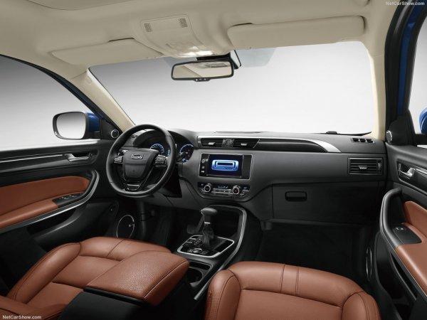 Qoros 5 SUV 2016, руль и панель управления