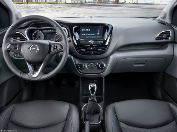 Opel Karl 2015, руль и панель управления