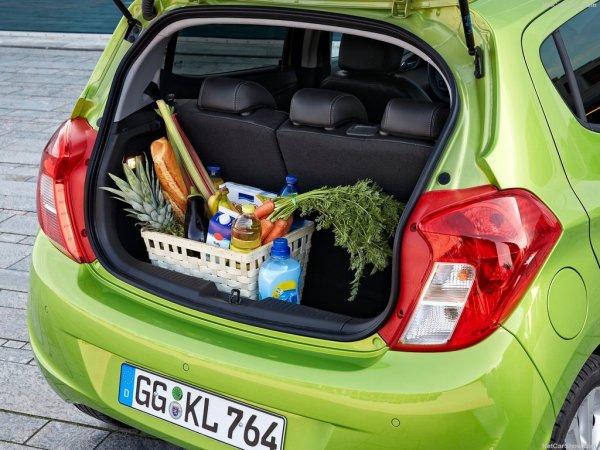 Опель Карл 2015, багажник