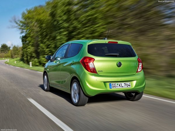 Opel Karl 2015, вид сзади