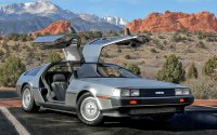 Заказы на легендарный DeLorean DMC-12