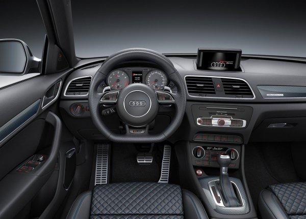 Интерьер Audi RS Q3 performance 2017