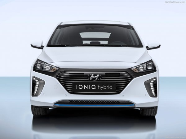 Передняя часть Hyundai Ioniq