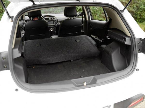 Объем багажника Lifan X50