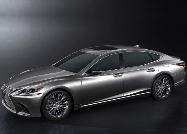 Lexus LS 500 2018, вид сбоку