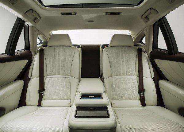 Задние сиденья LS 500