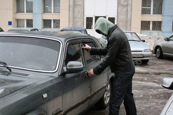 Самые угоняемые автомобили 2016 года в России: топ-10