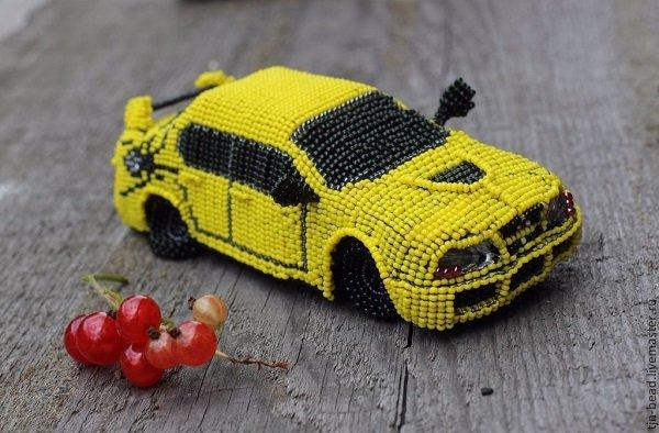 Что парню можно подарить для машины