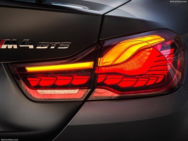 BMW M4 GTS 2016, задние правые фары