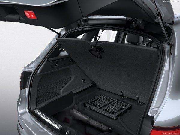 Мерседес-Бенц GLC 2016 года, багажник