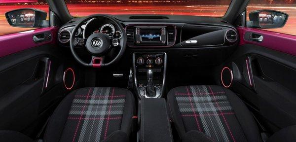 Интерьер Volkswagen Beetle Pink