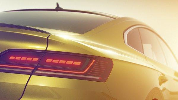 Задняя оптика нового VW Arteon