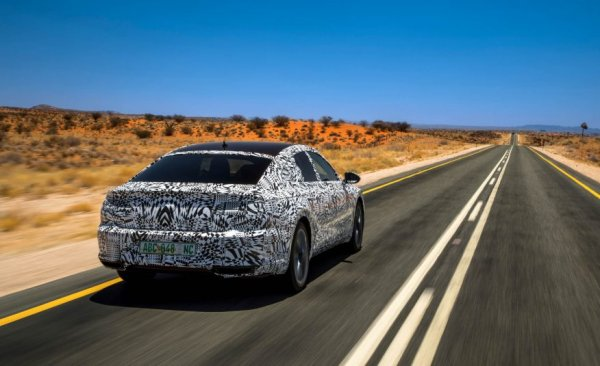 Концепт серийного Volkswagen Arteon, вид сзади