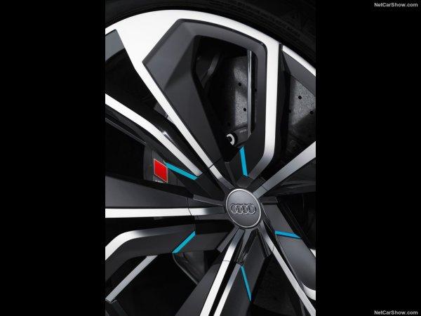 Дизайн дисков Audi Q8 2017